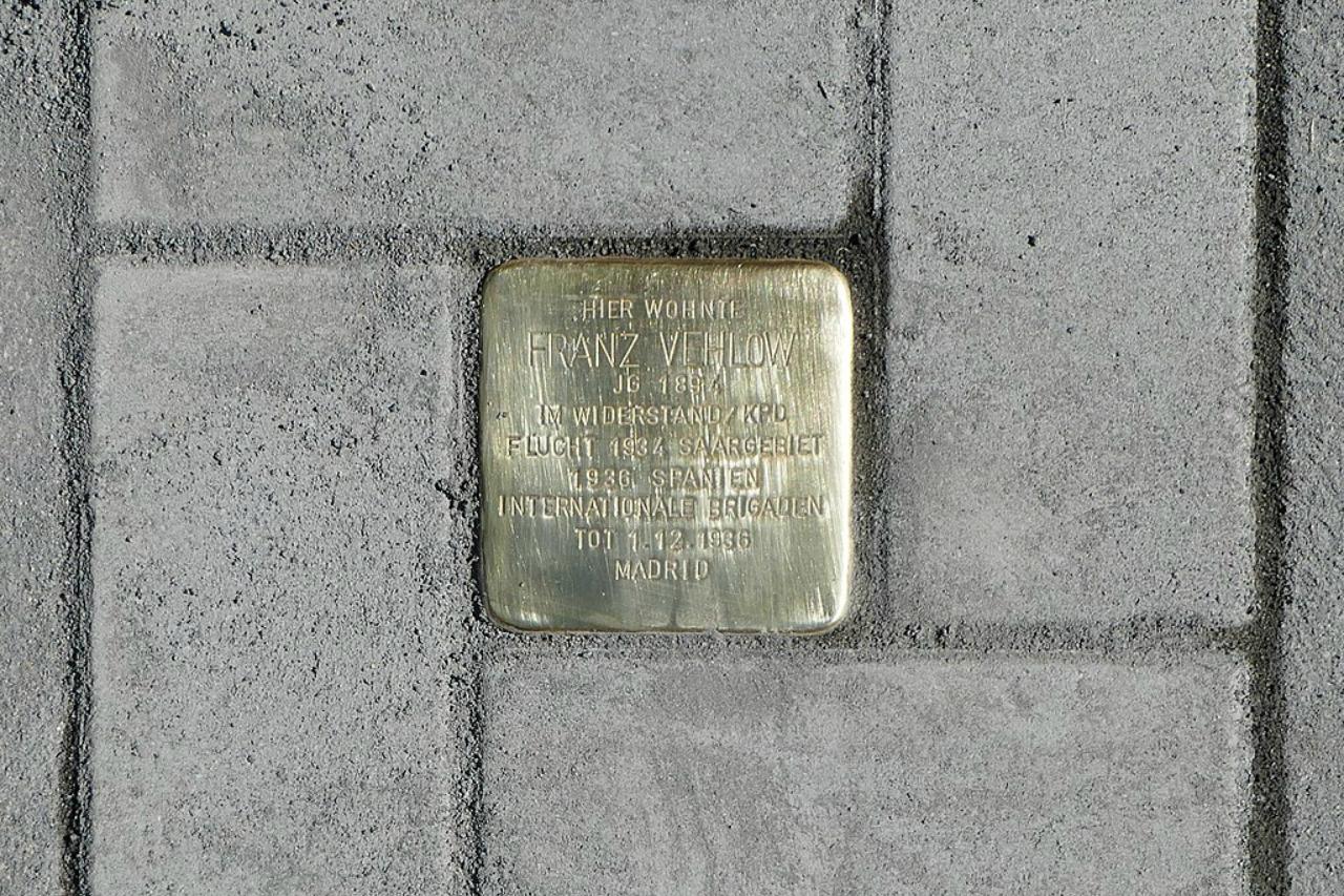 Podemos propone reconocer a los dos getafenses asesinados en Mauthausen con una STOLPERSTEINE