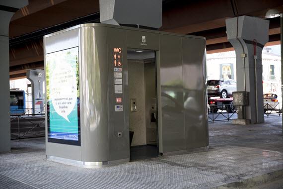 Podemos Getafe propone la instalación de aseos públicos
